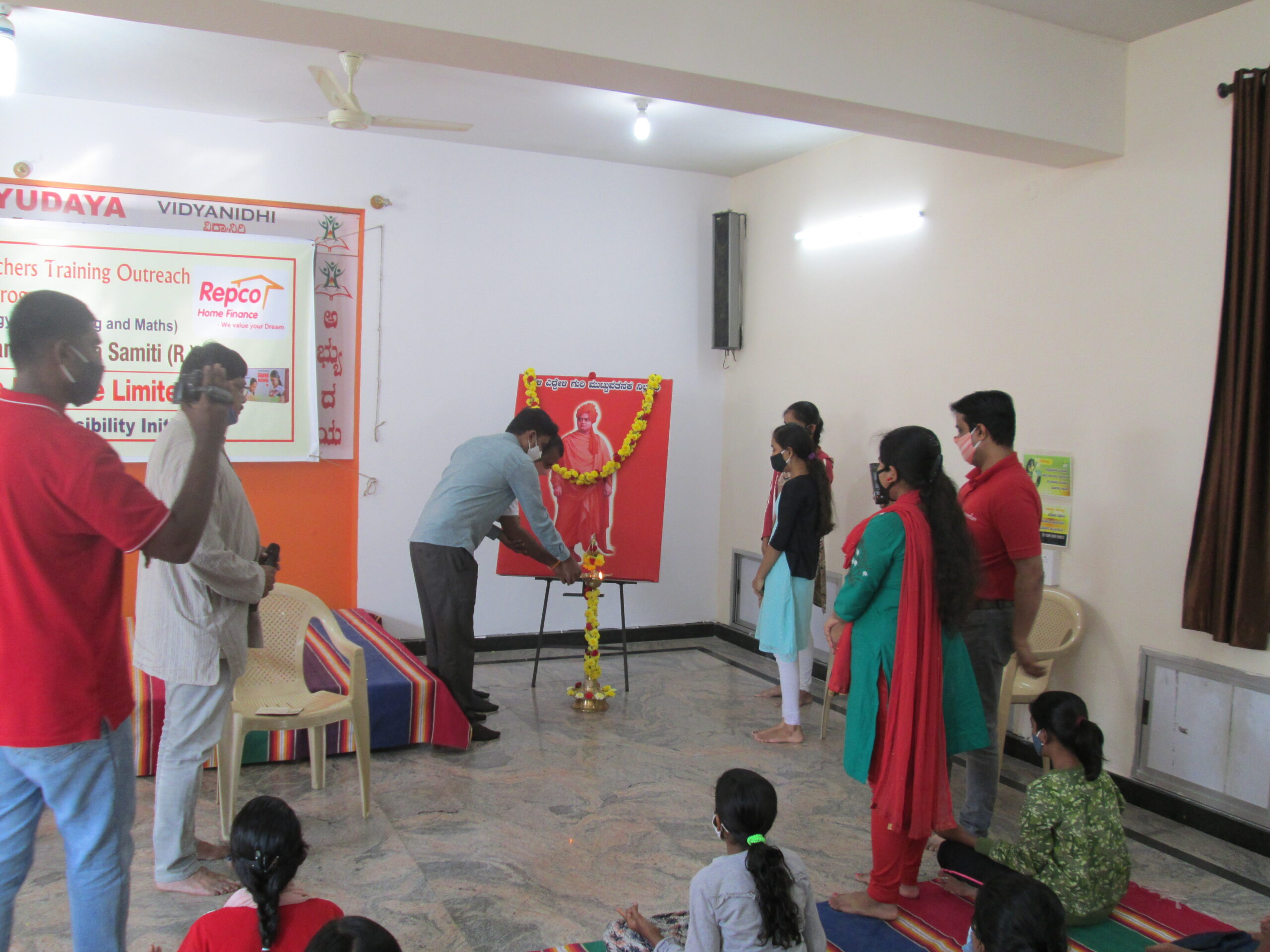 Abhyudaya launches STEM based Teachers' Training & Outreach Program